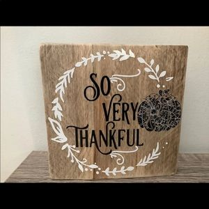 Handmade farmhouse wood So Very Thankful sign